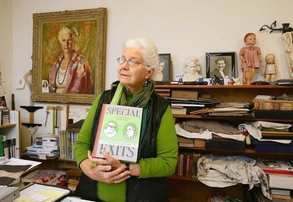 """Esta candorosa viejita es Joyce Farmer autora de """"Un adiós especial"""""""